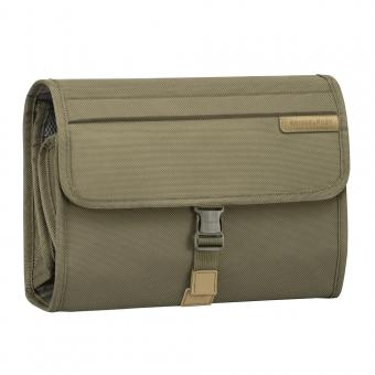 Briggs & Riley Baseline Deluxe Toiletry Kit Olive