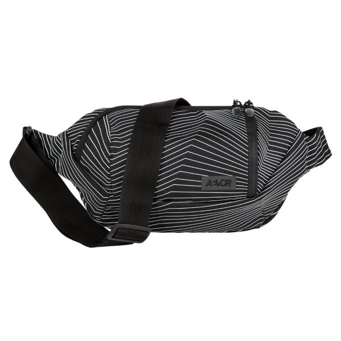 Shoulder Bag fineline black
