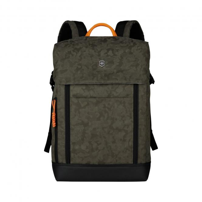 "Deluxe Flapover Laptop Backpack 15.4"" Olive Camo"