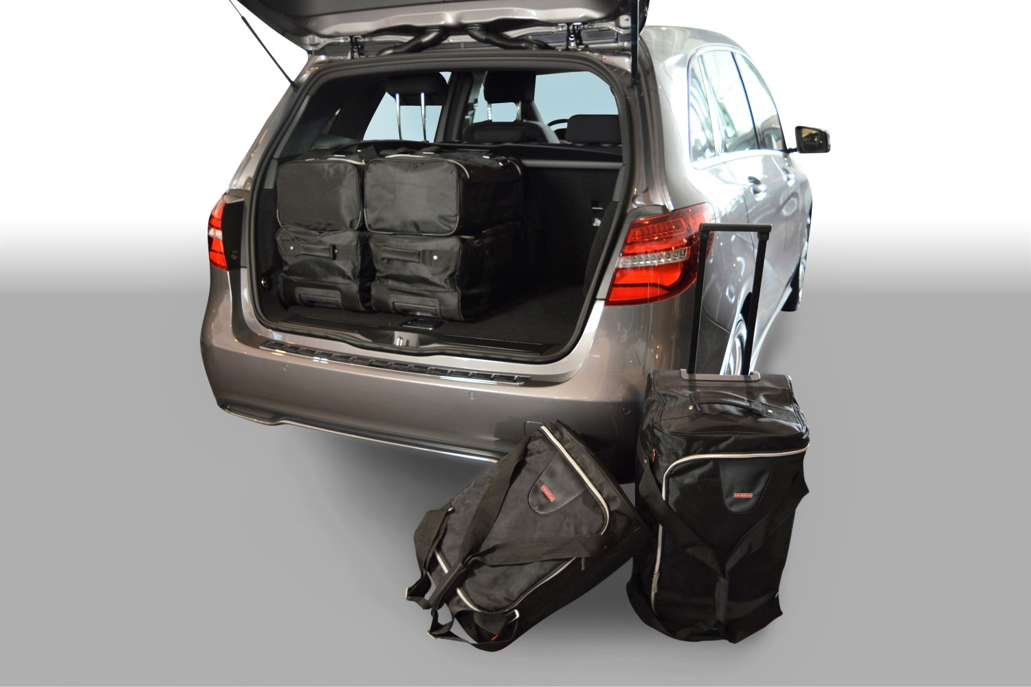 car bags mercedes benz b klasse reisetaschen set w246 ab. Black Bedroom Furniture Sets. Home Design Ideas