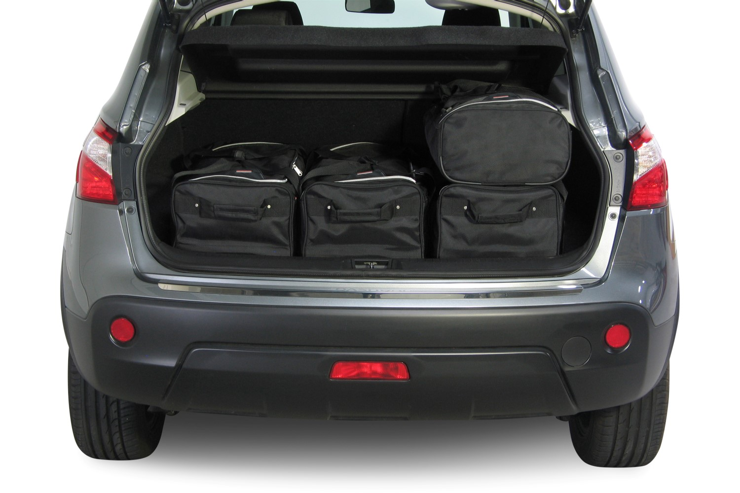 car bags nissan qashqai reisetaschen set j10 inkl. Black Bedroom Furniture Sets. Home Design Ideas